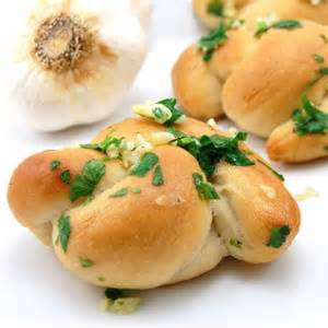 garlic-knots-artisan